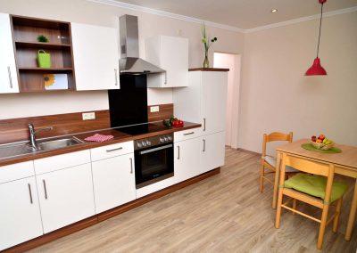 ferienwohnung-2-küche-300x225-1